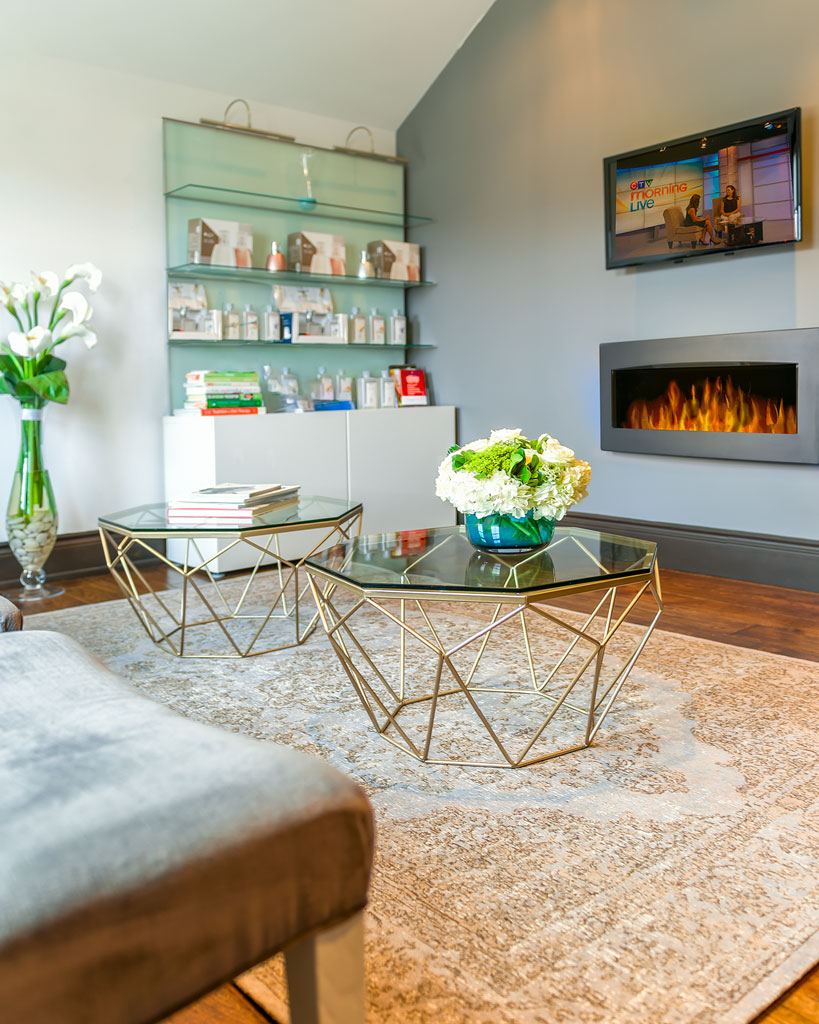 SittingArea_Detail_Fireplace